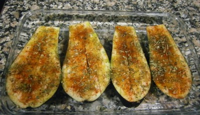 Baked eggplant with pepper